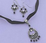 SNT87DR: Chandelier Style Black Crystal Earrings & Necklace Set