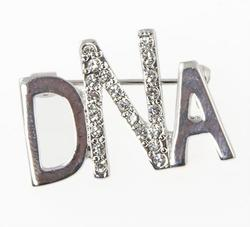 GO01: DNA Crystal Pin