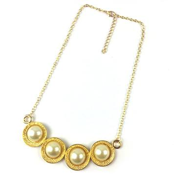 NA297: Golden Pearl Necklace