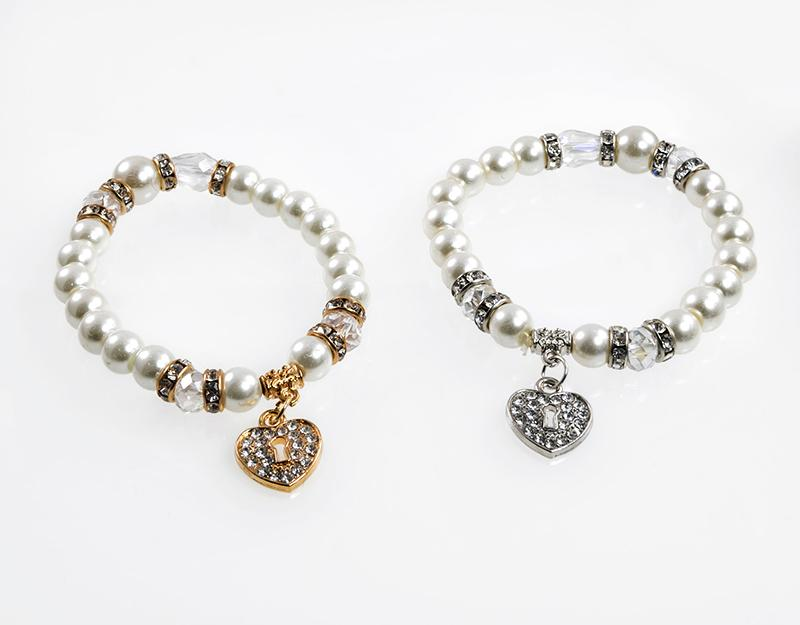 BR514: Pearl and Crystal Heart Bracelet