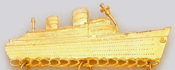 CHP014: Gold Cruise Ship Charm Holder