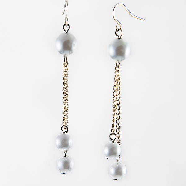 Cl175: Pearl Drop Earrings