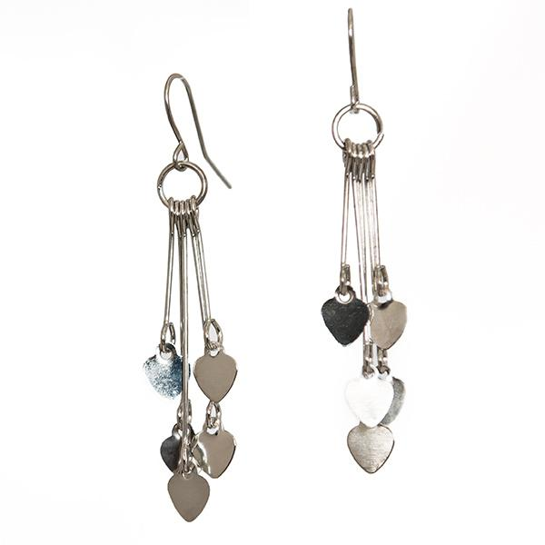 EA662: Delicate Heart Earrings in 3 Colors