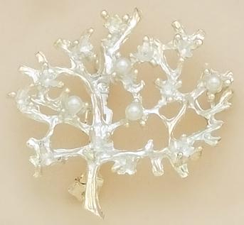 PA285: Tree Add A Pearl Pin in Gold or Silver