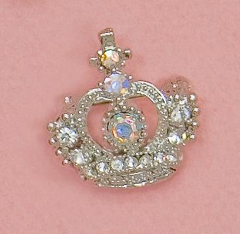 PA538: Crystal Crown Pin