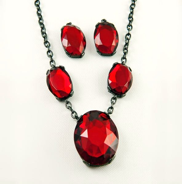 SN254: Ruby Red Crystal Set