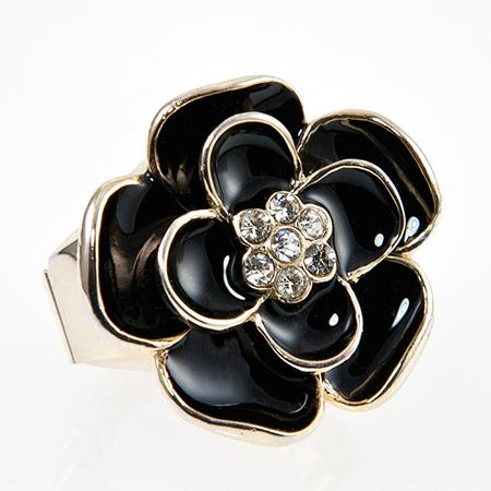 WA123: Black or Purple Floral Watch Ring