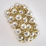 BR314: Exotic White or Black Pearl and Gold Bracelet
