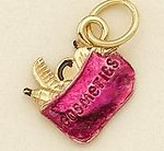 CH118GR: Cosmetic Bag Charm in Gold & Fushia