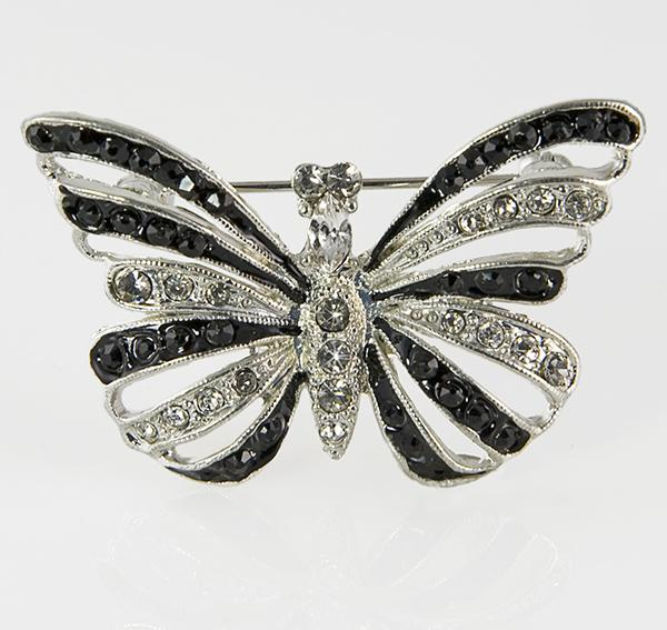 PA571: Elegant Crystal Butterfly Pin/Necklace