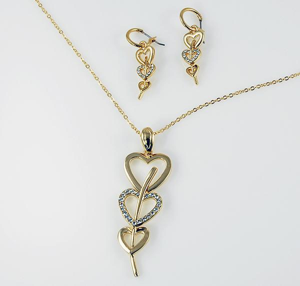SNT144: Tiffany Style Silver & Crystal Heart Set