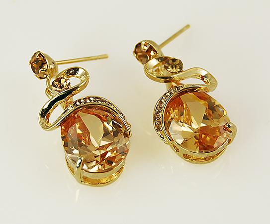 NC120: Topaz Crystal Earrings
