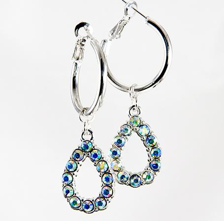 EA564: Elegant Doorknocker Crystal Earrings