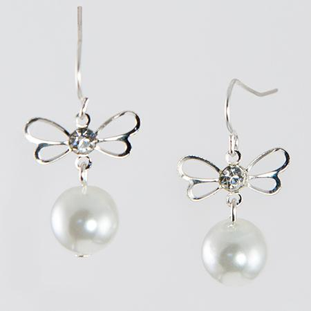 EA567: Siver Bow and Pearl Earrings