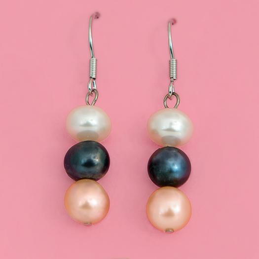 EA626: Freshwater Pearl Earrings