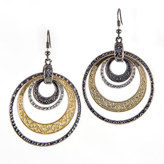 EA638: Two Tonepierced Earring