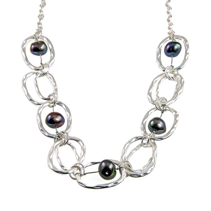 NC168: Fresh Water Pearl Necklace