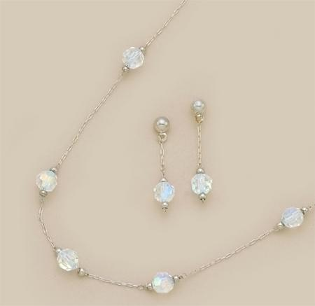 SNT93: Clear Austrian Crystal Earrings & Necklace Set